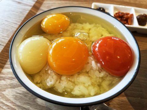 【グルメ旅】新大久保駅の卵かけご飯専門店に行く / 幻の卵かけご飯屋さん「美味しい卵かけご飯の食べ方を伝授」